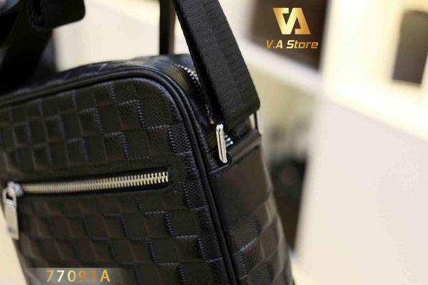 Túi đeo chéo dáng dọc 1 ngăn Balidiya B77091A Đen