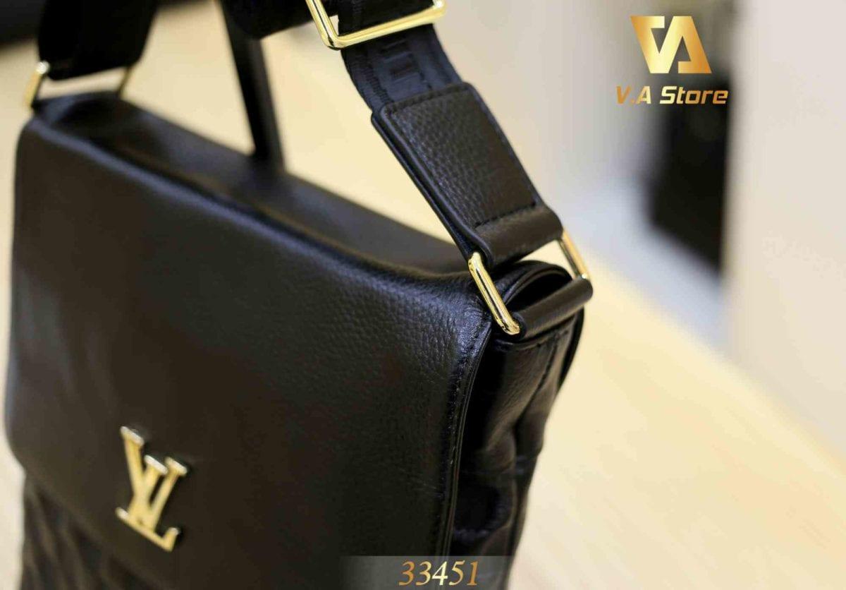 Túi Đeo Chéo nắp đậy Louis Vuitton 33451 Đen