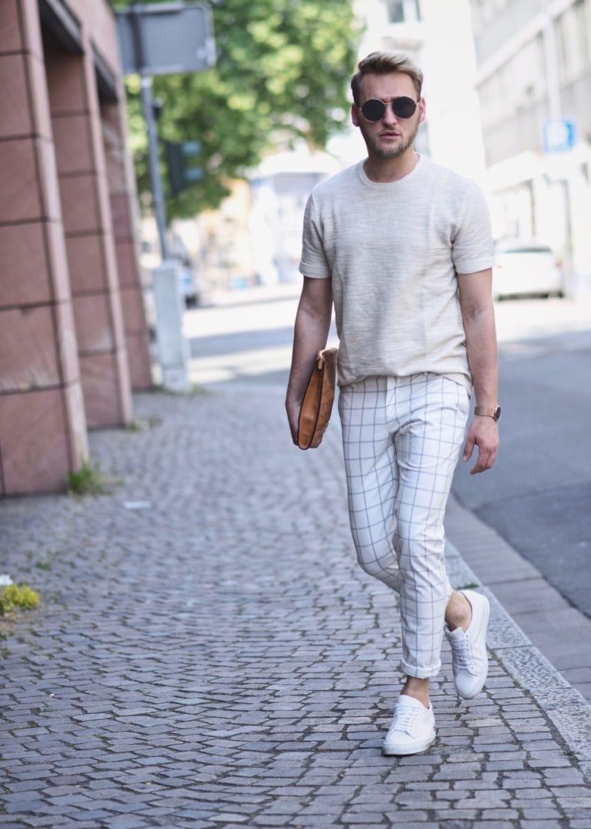 Clutch cầm tay da nam giúp tạo nên phong cách thời trang cho quý ông