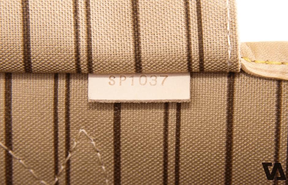 Mã số trên các sản phẩm của nhà Louis Vuitton