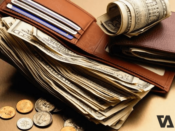 Mệnh Thủy nên bỏ vàng hoặc bạc vào ví để gặp may mắn thuận lợi