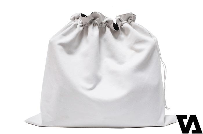 Sử dụng túi vải thay vì dùng túi nylon khi bảo quản
